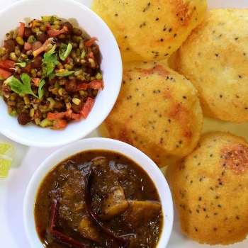 Club Kachori, Aloo  Sabji, Matar Chaat