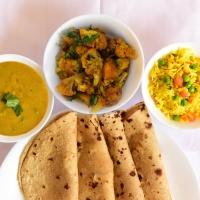 Chapati,Seasonal Vegetable