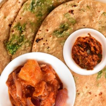 Green Chapati,Aloo Do Pyaaza