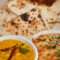 Makhani Roti,Navratan Korma
