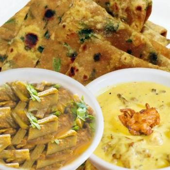 Palak Paratha, Kachar Fali,