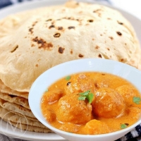 Executive Meal - Dum Aloo, Mix Dal, Phulka