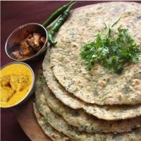 Coriander Chapati, Papad Mangodi