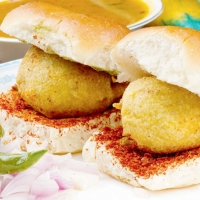 Vada Pav, Fried Mirch